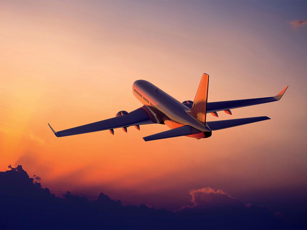 Empresa aérea e site de venda de passagens condenados por atraso de voo